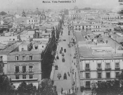 Vista panorámica de la avenida San Francisco, tarjeta postal