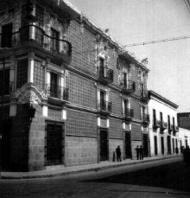 Casa del Alfeñique, fachada lateral