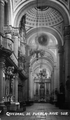 """Catedral de Puebla-Nave Sur"", tarjeta postal"