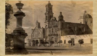 """Iglesia cerca del jardín de San Marcos, """"6280. Church near garden of San Marcos"""""""