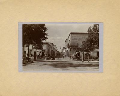 "Vista de calle en San Luis Potosí, ""5687. Street in San Luis Potosí"""