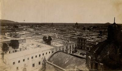 """Noreste de la ciudad de México desde la Catedral """"N. East from Cathedral"""""""
