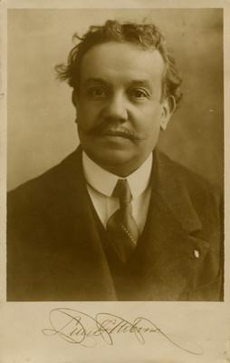 Luis G. Urbina, retrato