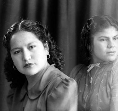 Dos mujeres, retrato de busto
