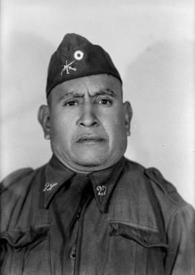 Conscripto, retrato de busto