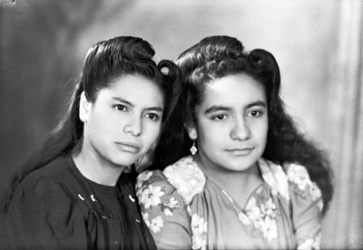 Hermanas, retrato