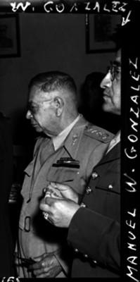 Manuel W. González, al parecer, en una ceremonia
