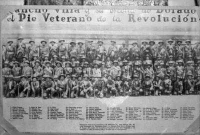 Pancho Villa y su escolta de Dorados, retrato de grupo