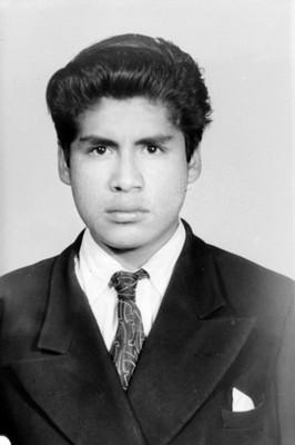 Hombre adolescente, de clase alta, retrato