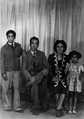Matrimonio con sus hijos, retrato