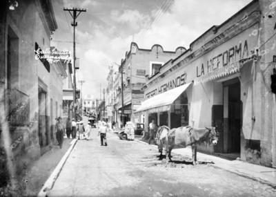 """Vida cotidiana en la """"Calle de Guerrero"""""""