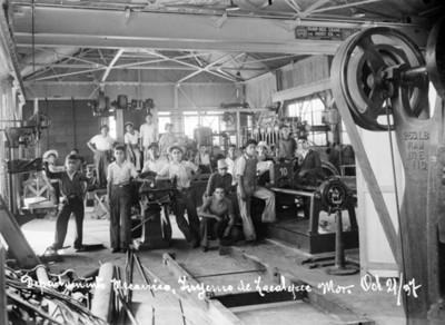 """Trabajadores del """"departamento mecánico [en el] ingenio de Zacatepec"""""""