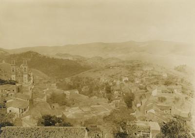 Poblado, vista parcial, paisaje
