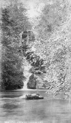 Cascades at Temasopa, paisaje