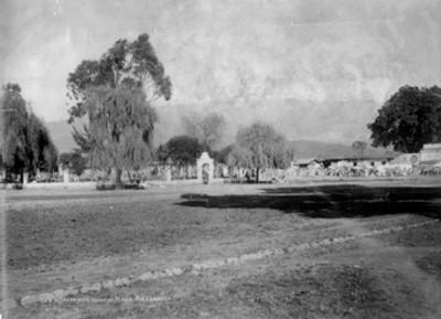 Vista del Iztaccihuatl desde la Plaza Amemeca