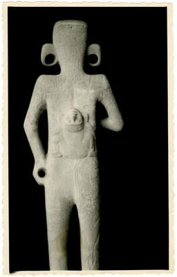 Parte posterior del Adolescente de Tamuín
