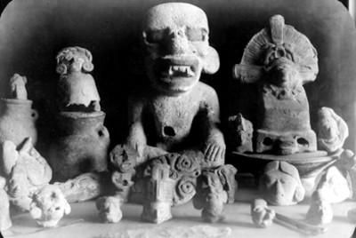 """Lote de cerámica y esculturas prehispánicas localizadas en """"Huimanguillo, Tabasco"""""""