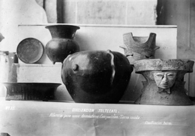 Vasijas y brasero con rostro humano de la cultura teotihuacana