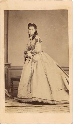 Dolores Lozano, retrato
