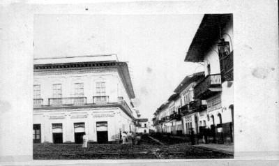 Jalapa. Calle 1a. principal tomada desde la plaza