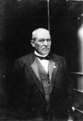 """""""Gral. Victoriano Huerta"""", retrato"""