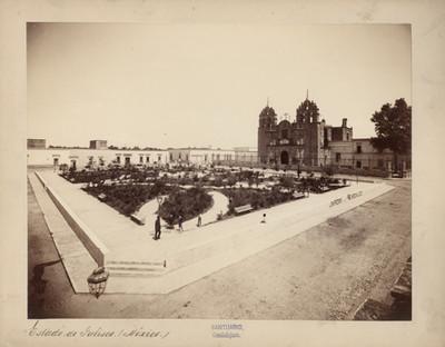 Santuario de Nuestra Señora de Guadalupe y Jardín Hidalgo