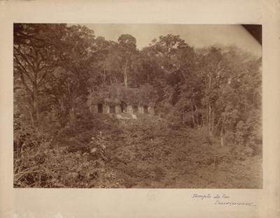 Templo de las Inscripciones sin restaurar
