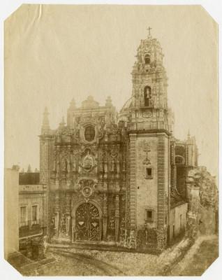 Templo, fachada