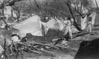 "Lavanderas. ""6278. Washing at the hot springs"""
