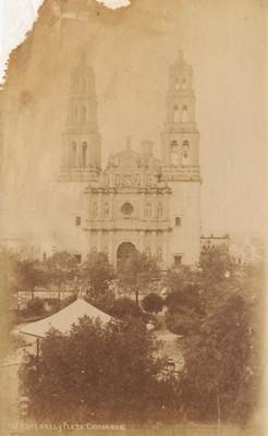 """Catedral y Plaza"" de ""Chihuahua"""