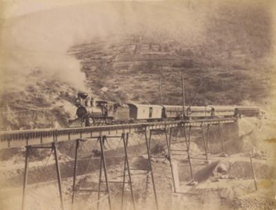 """Ferrocarril """"Nacional Dos Ríos"""", puente"""
