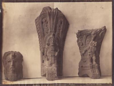 Civilización Acolhua, deidades vistas de frente, composición: piedra