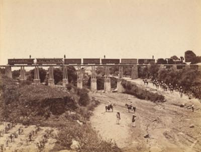 Ferrocarril Interoceánico sobre el Puente de Ozumba