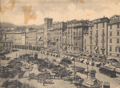 Plaza Caricamento en Génova, Italia