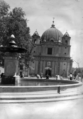 Iglesia de loreto fachada y atrio
