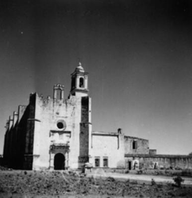 Fachada del Ex convento de San Martín Caballero
