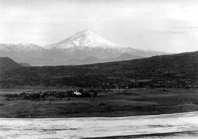 """""""Popocatépetl, visto desde la carretera Puebla-México, D.F."""", panorámica"""