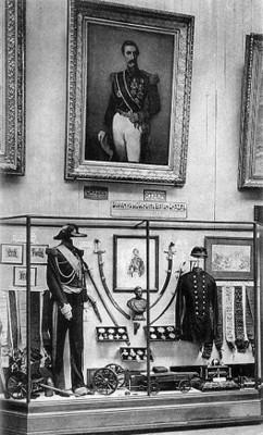 Sala de exhibición de objetos que pertenecieron al Barón Chazal
