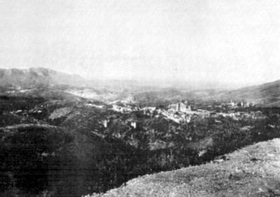 Panorámica de la mina la Valencia y la iglesia de San Cayetano