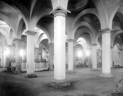 Vista de los arcos interiores de la Capilla Real o de naturales, en Cholula