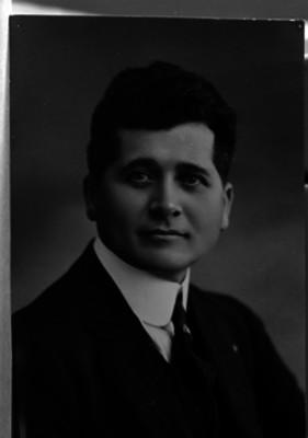 Felipe Carrillo Puerto, coronel revolucionario, retrato