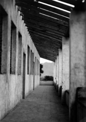 Hospital en remodelación, vista de un corredor