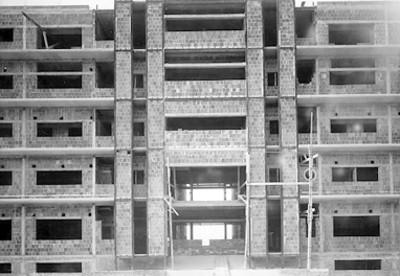 Hospital General en proceso de reconstrucción