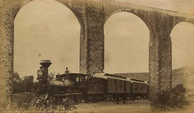"""Antiguo acueducto de Querétaro, """"5260. The old acqueduct at Queretaro"""""""