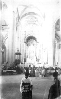 Altar de una iglesia