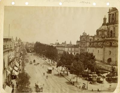 Calle de Empedradillo. México. 612