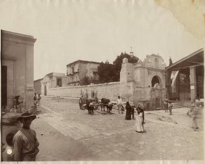 Convento del Carmen, fachada principal, vista lateral
