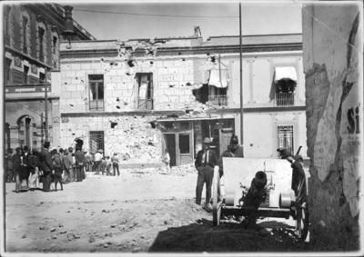 """El periódico """"El Heraldo"""" despues de ser atacado por los felicistas durante la Decena Trágica"""