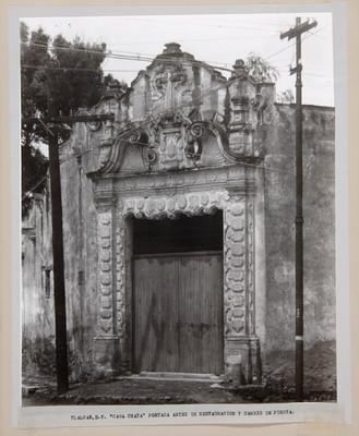 Fachada de la casa Chata, vista parcial