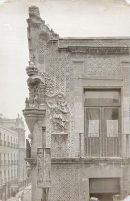"""Detalle arquitectónico de la """"casa de las Ajaracas"""""""